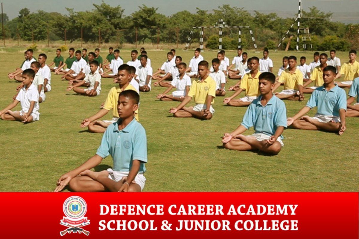 Defence-career-academy-yoga-cadets-session-outdoor-traning-dca-aurangabad