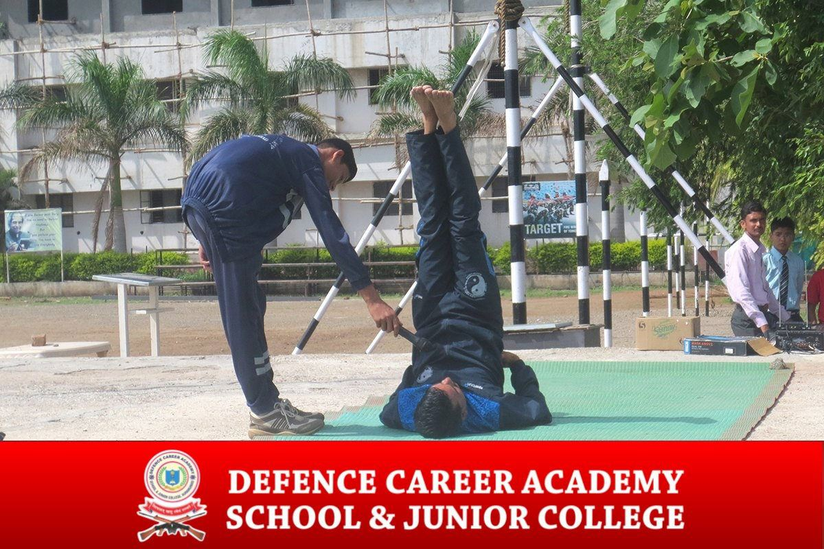dca-cadets-yoga-traning-session-part-of-academy-aurangabad-maharahtra