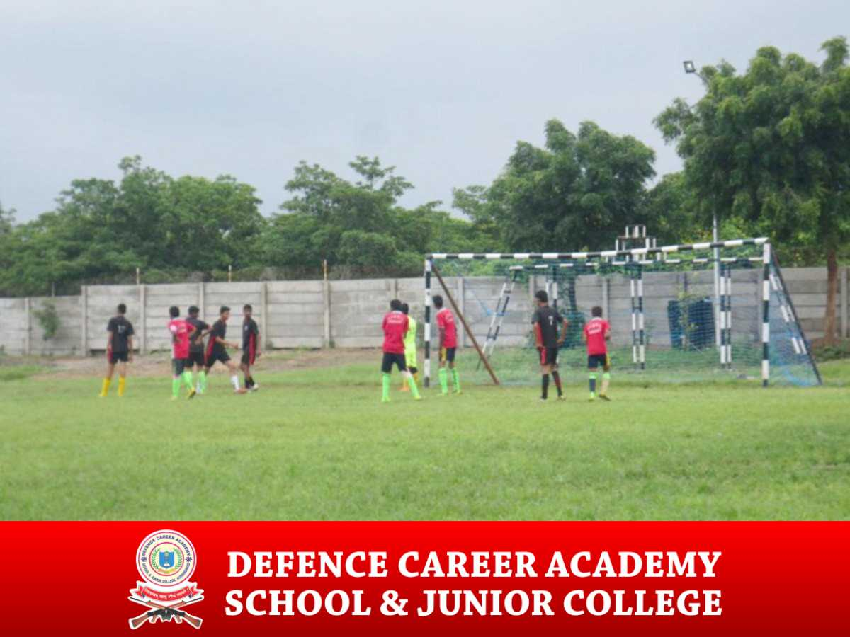 playing-football-military-academy-in-maharashtra-nda-Coaching-in-Aurangabad