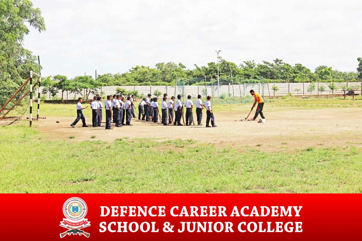 wolly-ball-game-ciriculam-activities-top-defence-academy-coach-best-sports-athelatics-dca-academy-best